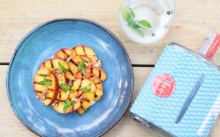 Nginiouis Summer Gin - Gegrilde nectarine - Griekse yoghurt - Pecannoot - Basilicum