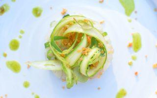 Tartaar van steenbolk - Avocado - Groene asperge - Tuinkruiden