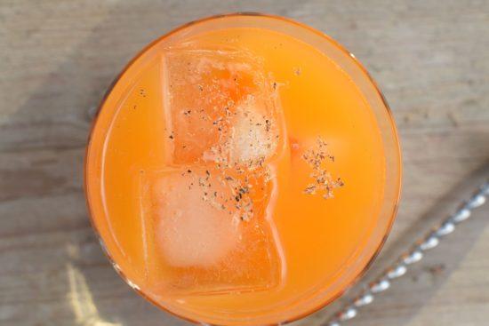 Sinterklaas cocktail: Wodka - Wortel - Mandarijn