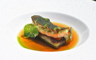 Langoustine - artisjok - aubergine - dashi by Peter Goossens