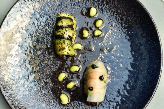 Zeebaars - avocado - zwarte rijst by Peter Goossens
