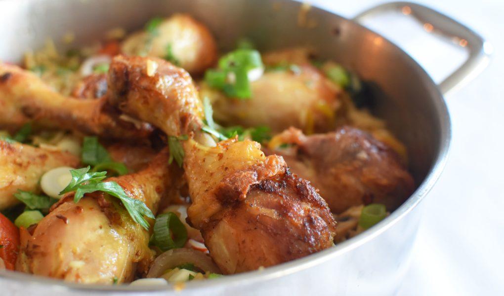 Gebraden kippenbillen met bakrijst en wokgroenten