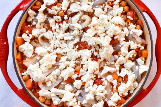 Vispannetje met paprika, kikkererwten en feta - Bewuste Visweek