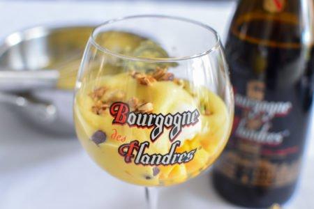 Sabayon van Bourgogne des Flandres met mango en havermout