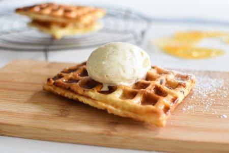 Tarte Tatin wafels met vanille ijs