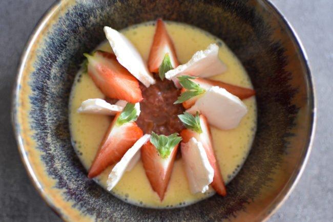 Cremeux van witte chocolade - Rabarber - Ijs van olijfolie