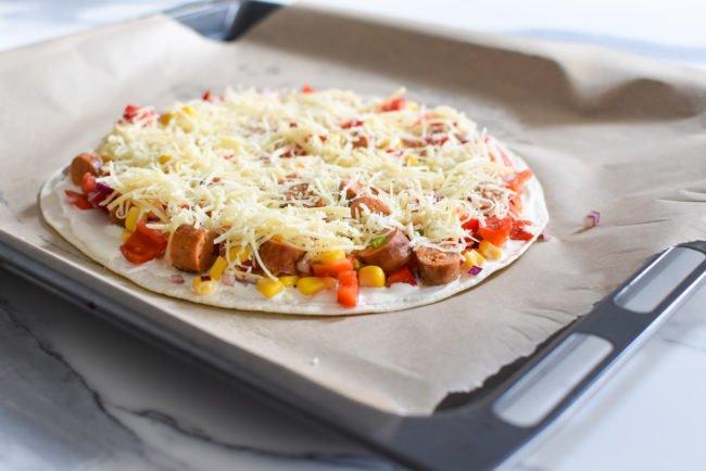Mexicaans comfort food met merguez, mais en zure room