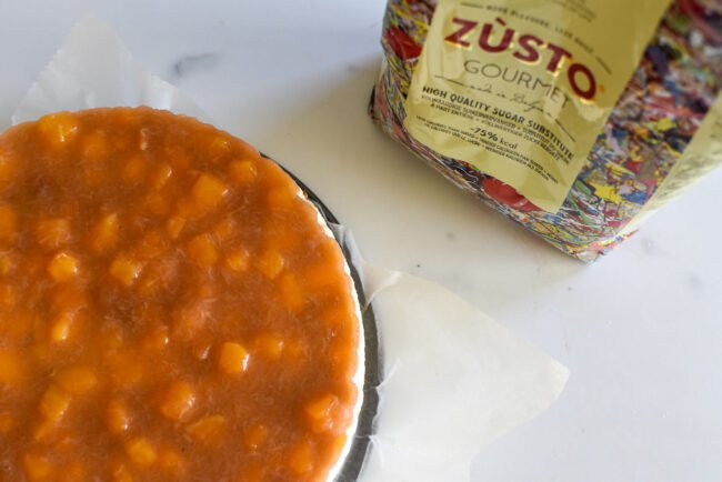 Plattekaastaart rabarber en mango