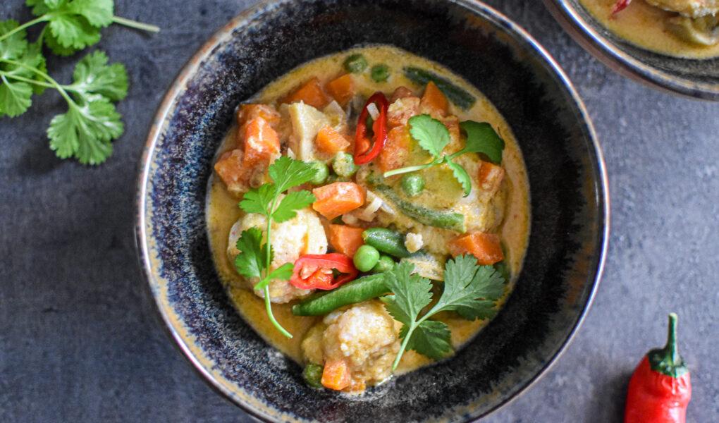Rode curry met visballetjes en rijst