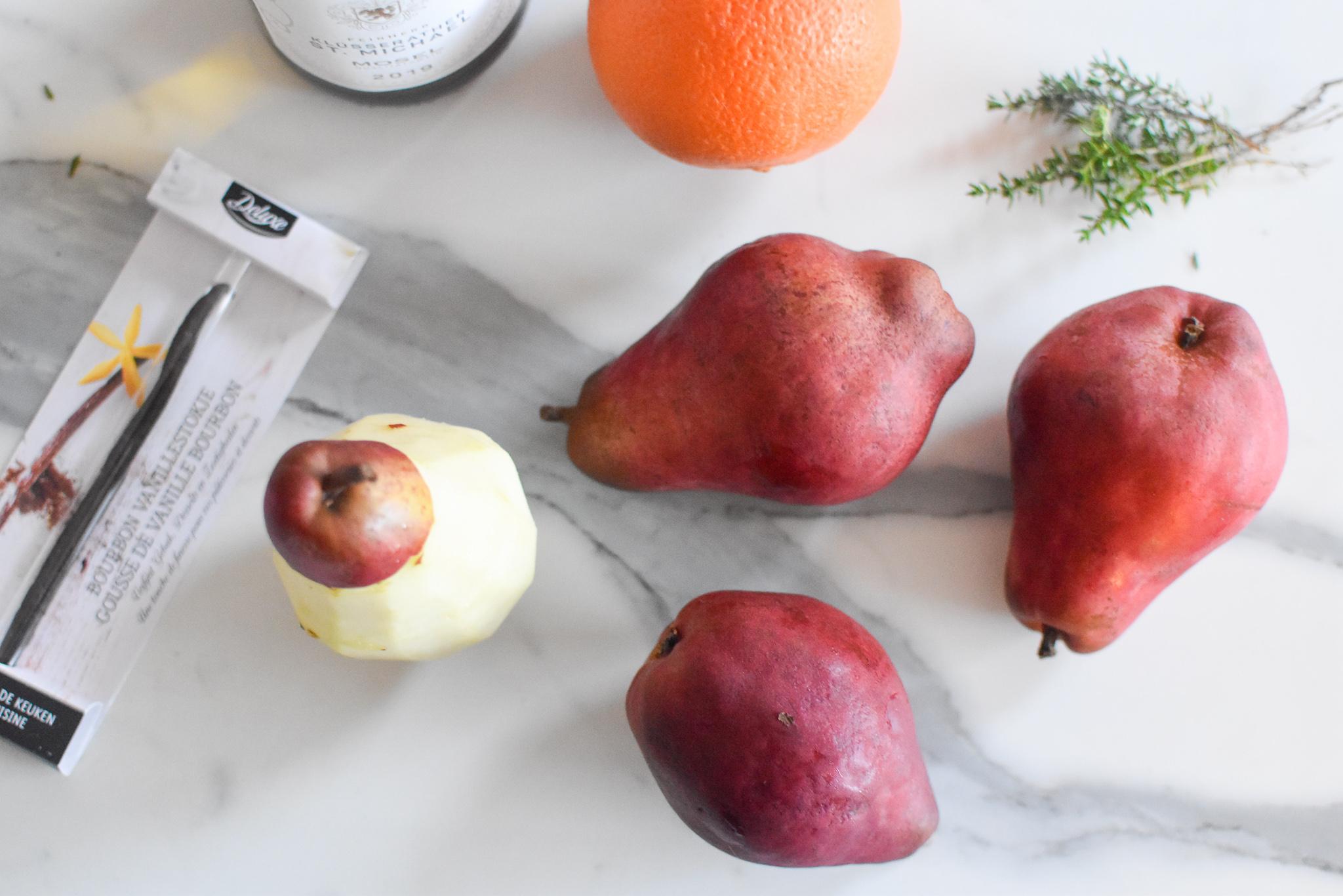 Gepocheerde 'Red Modoc' peer - Vanille - Hazelnoot