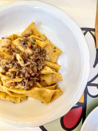 Gigliola, Gastronomia, Pane & Vino